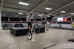 Extreme MTB meets trials